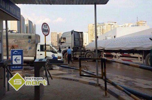 Dự án lắp đặt cổng xoay 3 càng ZKTeco TS1011 tại D' Capitale Trần Duy Hưng