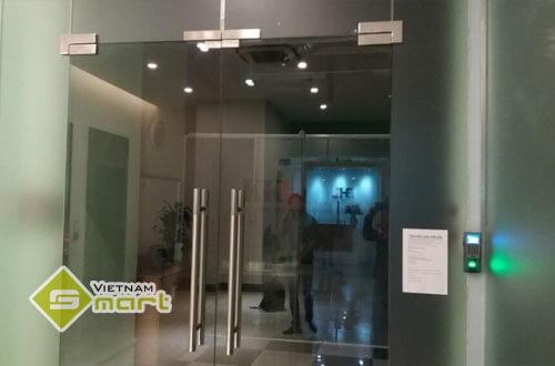 Hệ thống khóa chốt kiểm soát cửa ra vào