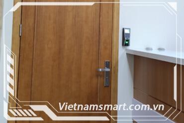 Kiểm soát vào ra cửa VietnamSmart