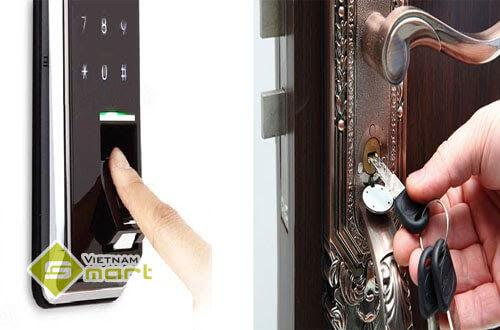 Hình ảnh minh họa khóa cửa vân tay và khóa cơ