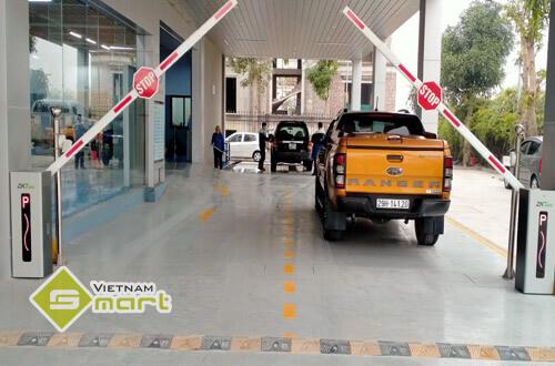 Dự án lắp đặt barrier tự động cho Hà Thành Ford