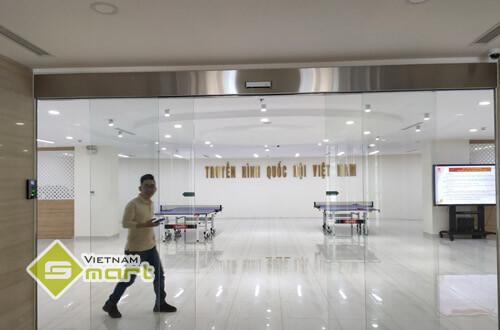 Dự án lắp đặt kiểm soát cửa cho truyền hình Quốc hội Việt Nam