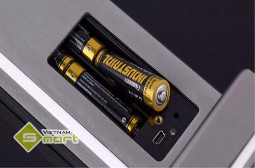 Khóa điện tử sử dụng pin