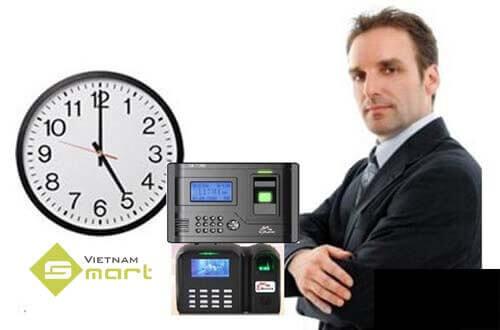 Khắc phục lỗi sai giờ trong máy chấm công