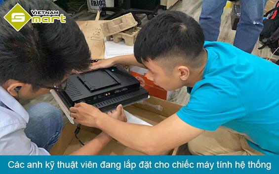 Lắp đặt máy tính màn hình cho hệ thống camera đo thân nhiệt